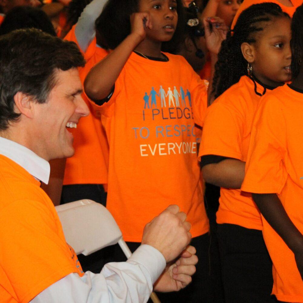 Timothy Shriver | Business Insider speaking to kids