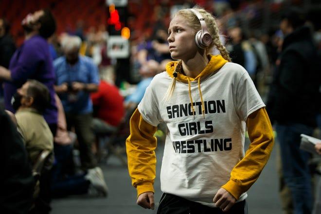 Iowa high school wrestling: Meet the 2021 All-Iowa Girls' Wrestling Team